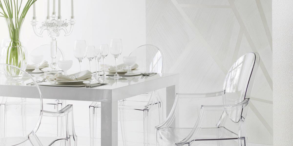 shimmering dining room wall